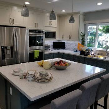 David Reff Kitchen- Diamond Cabinets